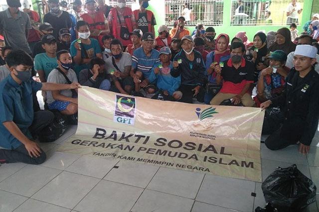 GPI Berbagi Dengan Anak Jalan Yang Tinggal di Wilayah Terminal Jakarta