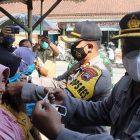 Bentuk Pelayanan Kepada Masyarakat, Polres Kebumen Bagikan 2 Ribu Masker